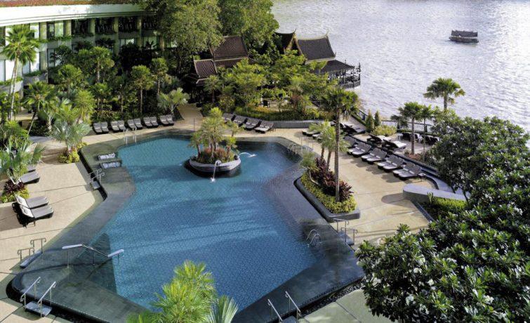 Fellesbassenget på Shangri-La i Bangkok