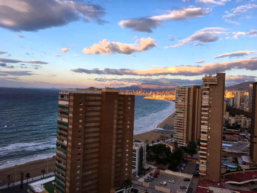 Port Benidorm hotel og spa har alle balkonger, noen vender mot stranden.