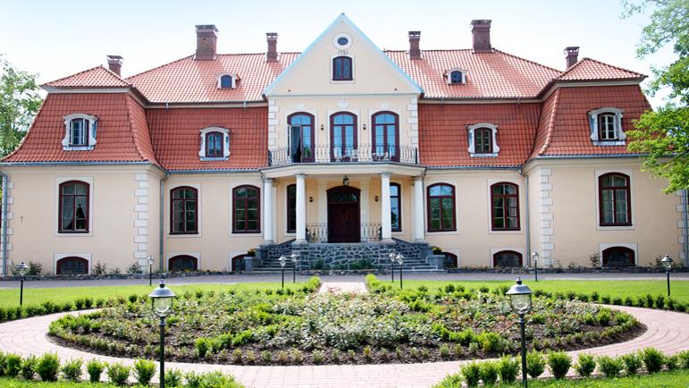 Riga-Gauja regionen byr på mye lekkert, som dette spahotellet i Liepupe.