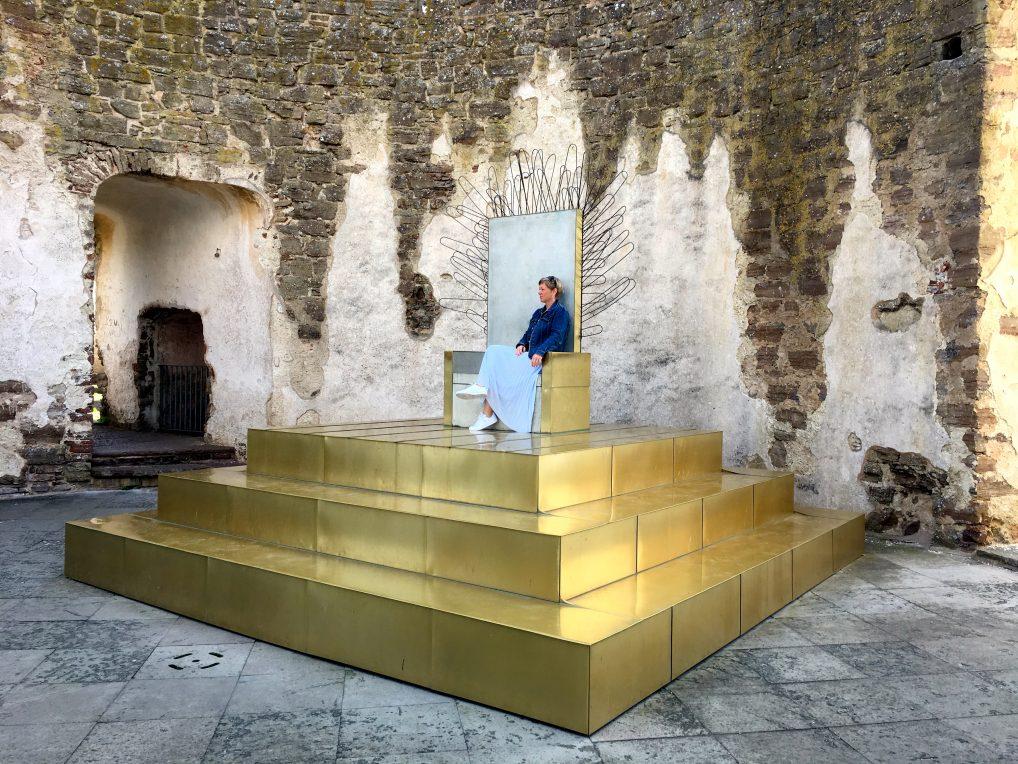 På Borgholm slott på Øland kan du være dronning eller konge for én dag.