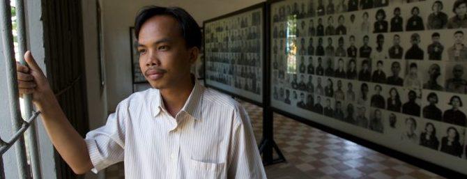 Se: Folkemordmuseet Tuol Sleng
