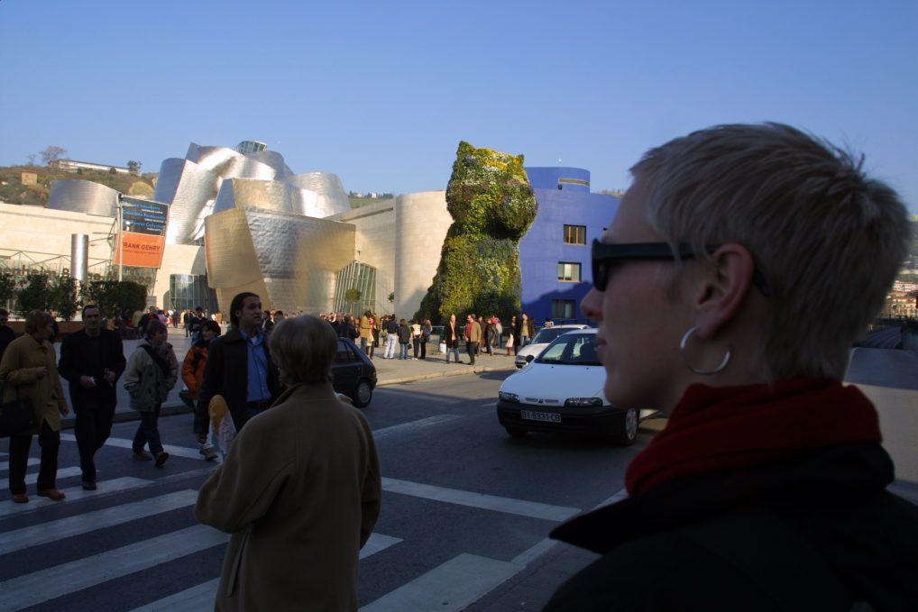 Bilbao er verdt en dagstur i alle fall, om du er i nærområdet. Museet og hunden er fanstastisk.