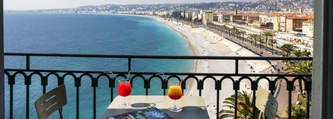 Sove: 4 stjerner Hotel Suisse Nice