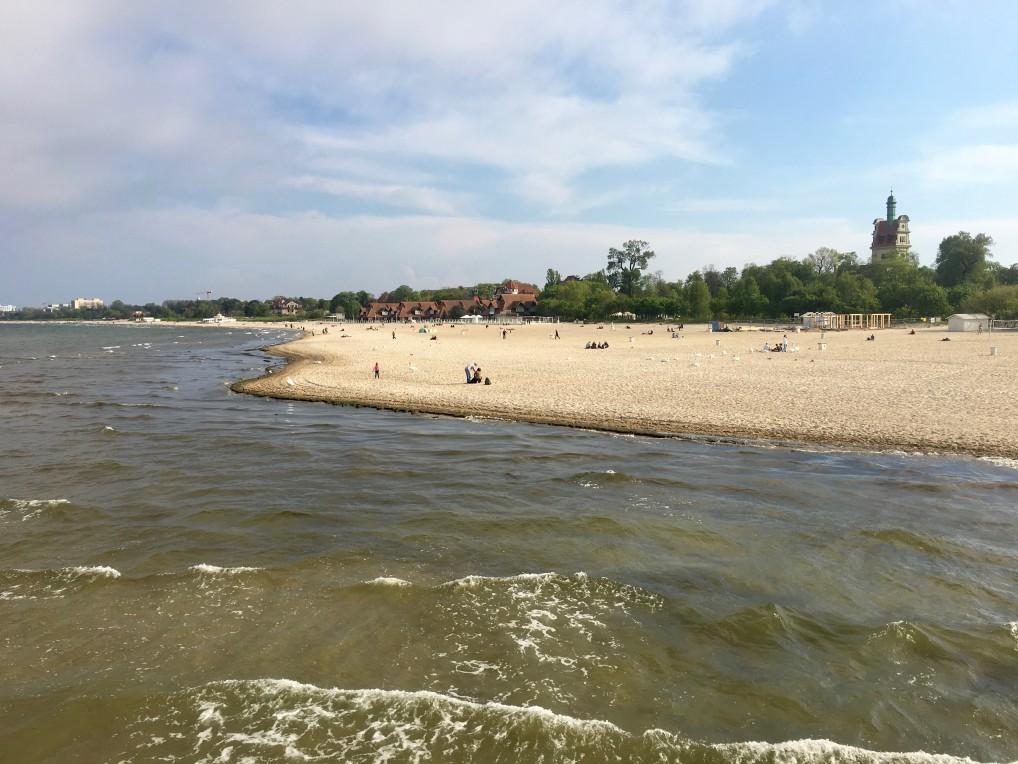 Flott sandstrand i Sopot, som er fin å kombinere med storbyhelg i Gdansk fra vår til høst.