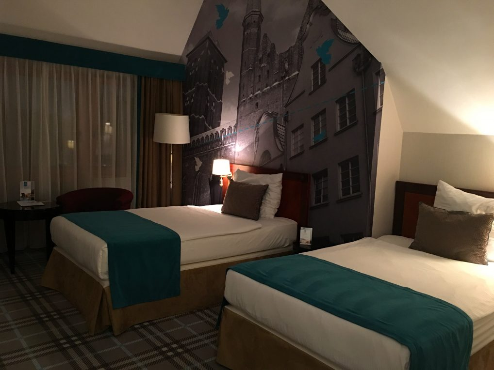 Store rom på hotellet, og så langt jeg har fått med meg har også alle badekar. Et pluss i min bok!