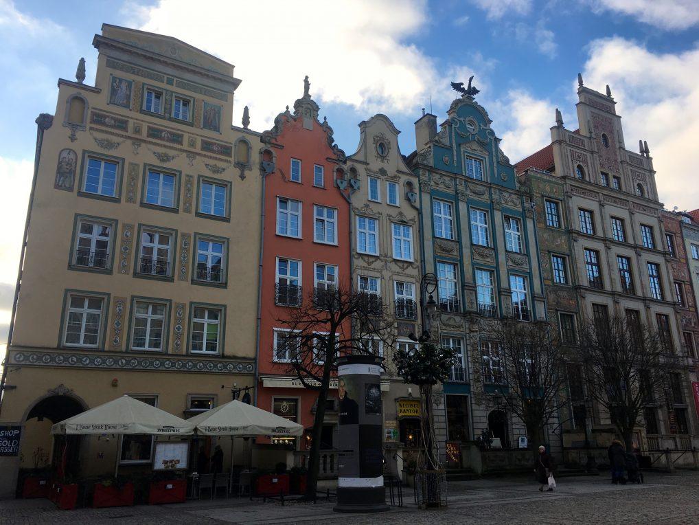 Radisson er hus nummer 4 fra venstre.