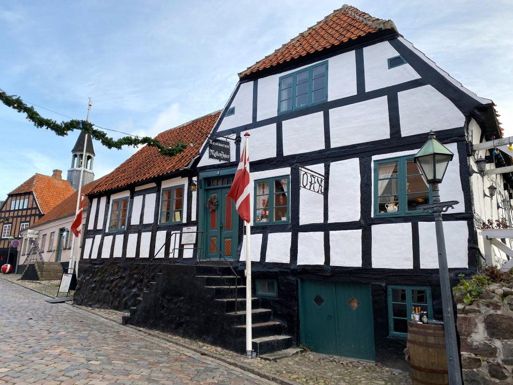 Restauranten Mellem Jyder i Ebeltoft utenfor Aarhus i Danmark